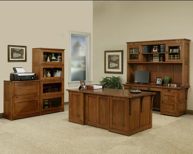 The Trend Manor Executive Desk In Solid Oak Tells Everyone