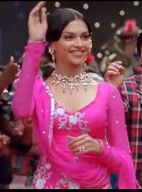 Deepika Padukone In Om Shatni Om Her Debut Bollywood Movie Indian Designer Wear Deepika Padukone Indian Design