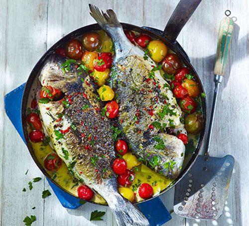 """Как приготовить рыбу. Рыба в сумасшедшей воде - IN CRAZY WATER!  Как приготовить рыбу по-итальянски, расскажет итальянец, рецепт из первых рук!   Рецепт рыбы в """"сумасшедшей воде"""" - необычный рецепт, но несложный."""