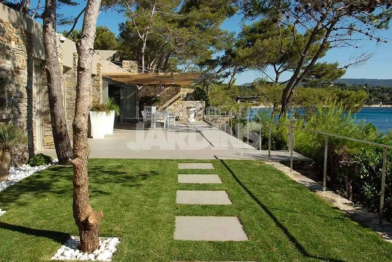 jardin mediterraneen pas japonais derbez jardin pinterest gardens. Black Bedroom Furniture Sets. Home Design Ideas