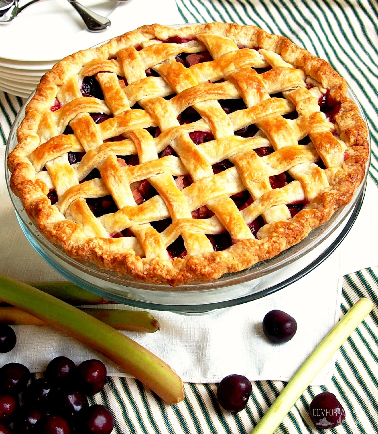 Jam pie in a hurry: recipes, cooking features and recommendations 97
