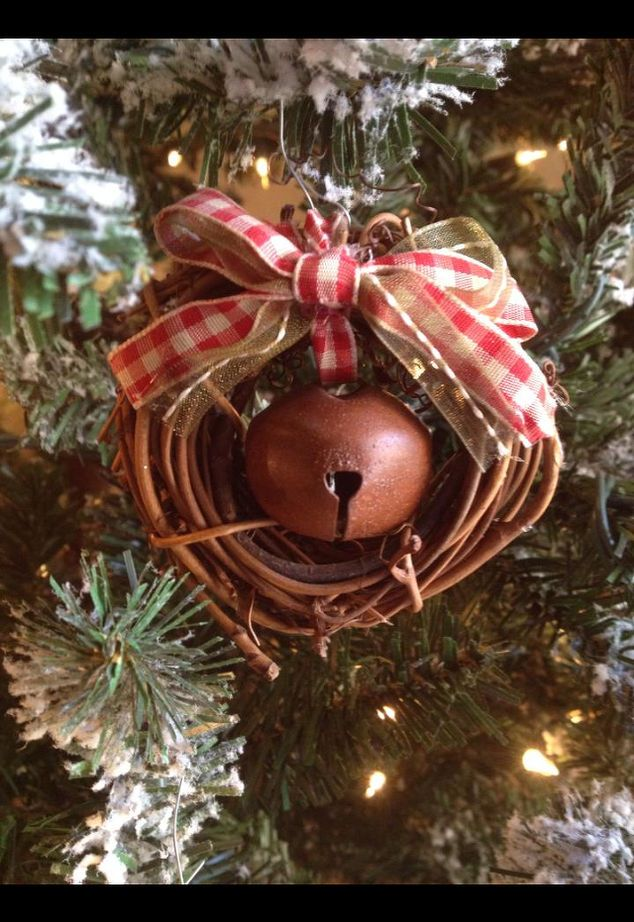 Make your own rustic ornaments for pocket change