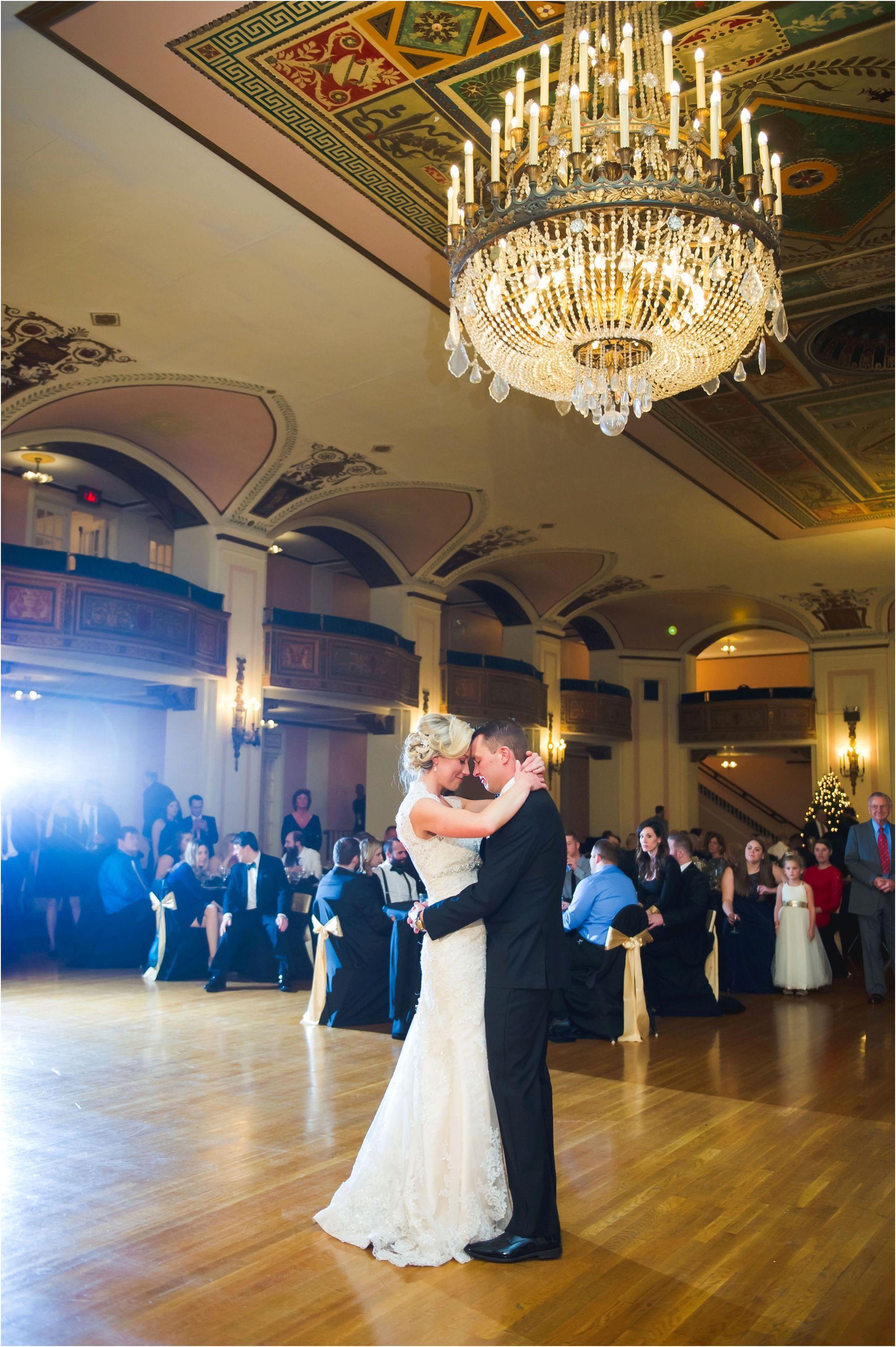 Gatsby Holiday Glam Wedding   Michigan wedding venues ...