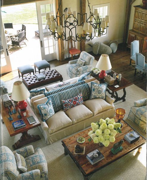 charming big furniture small living room | Bunny Williams She knew what to do with a very large ...