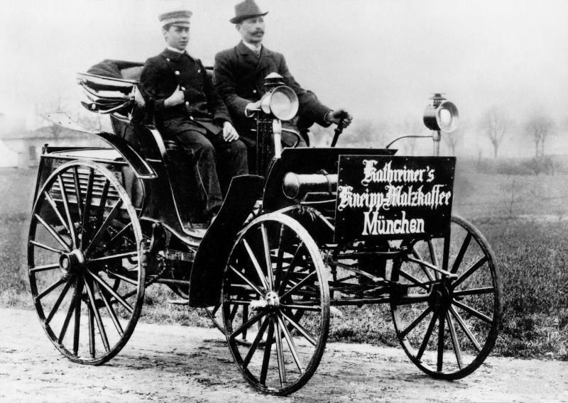 1893-96 Benz Patent-Motorwagen Victoria 6.jpg; 800 x 568 (@100 ...