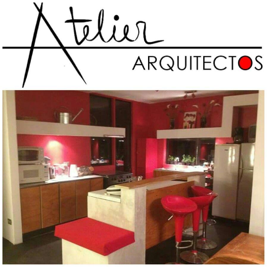 Cocina moderna minimalista en rojo