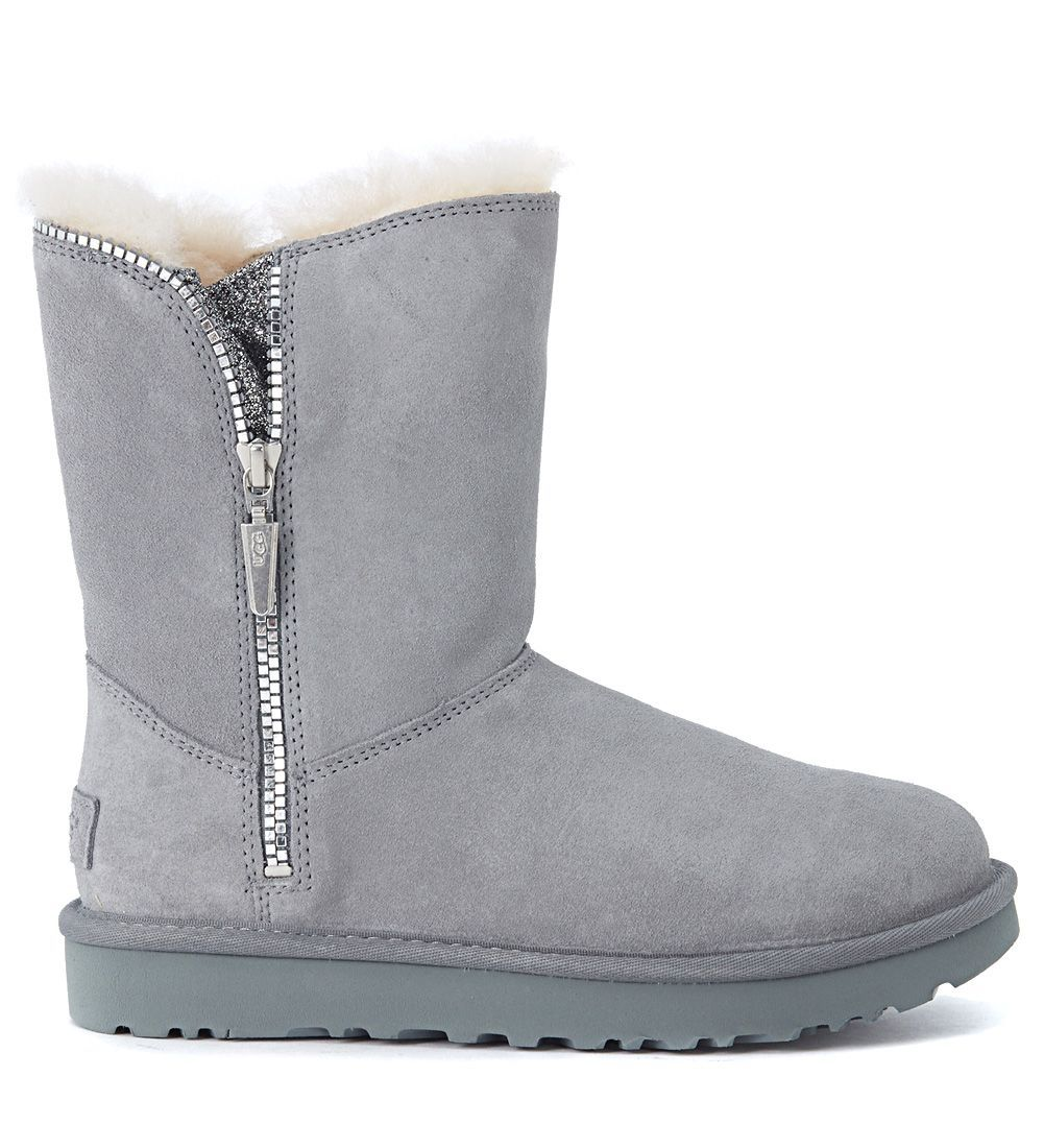 c5c972e88c0 UGG UGG MARICE GREY LEATHER BOOTS WITH GLITTER FABRIC. #ugg #shoes ...