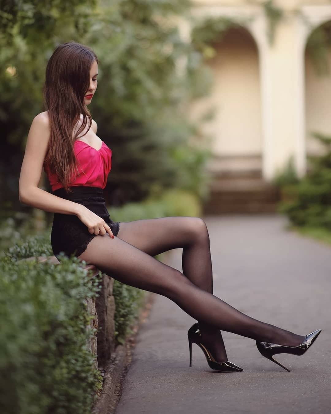 Pin On Brunettes