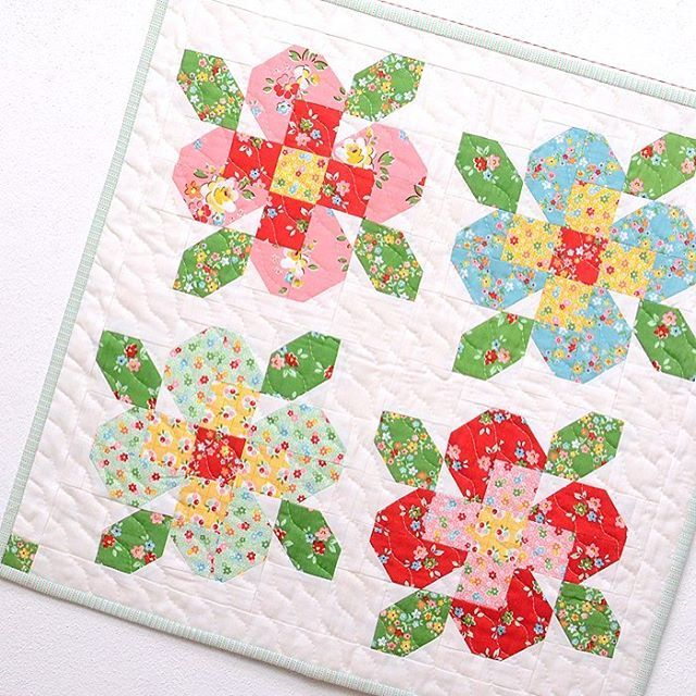 ellisandhiggsi'm so excited to share my new patterns with you today! flower…
