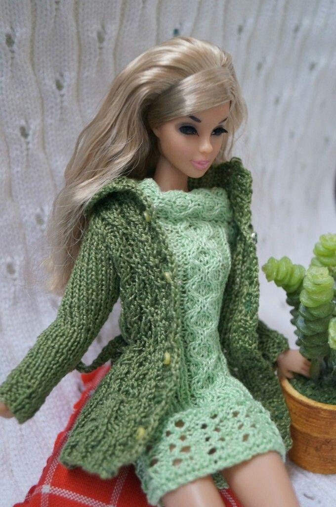 Pin von Elaine Wicks auf Barbie | Pinterest | Barbie kleider ...