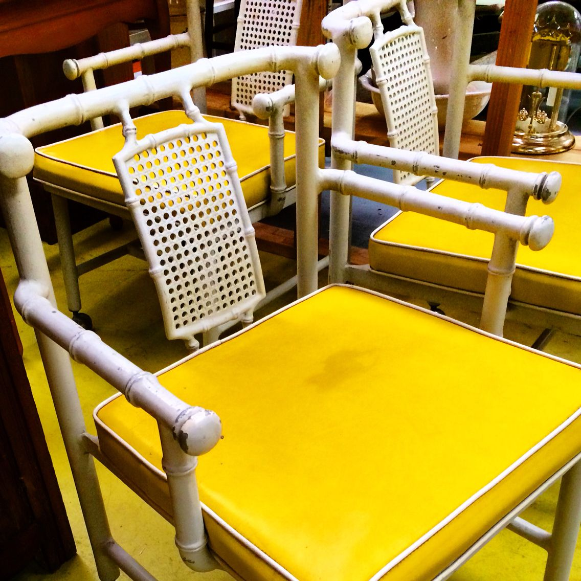 Vintage faux bamboo patio metal chairs Yellow white ...