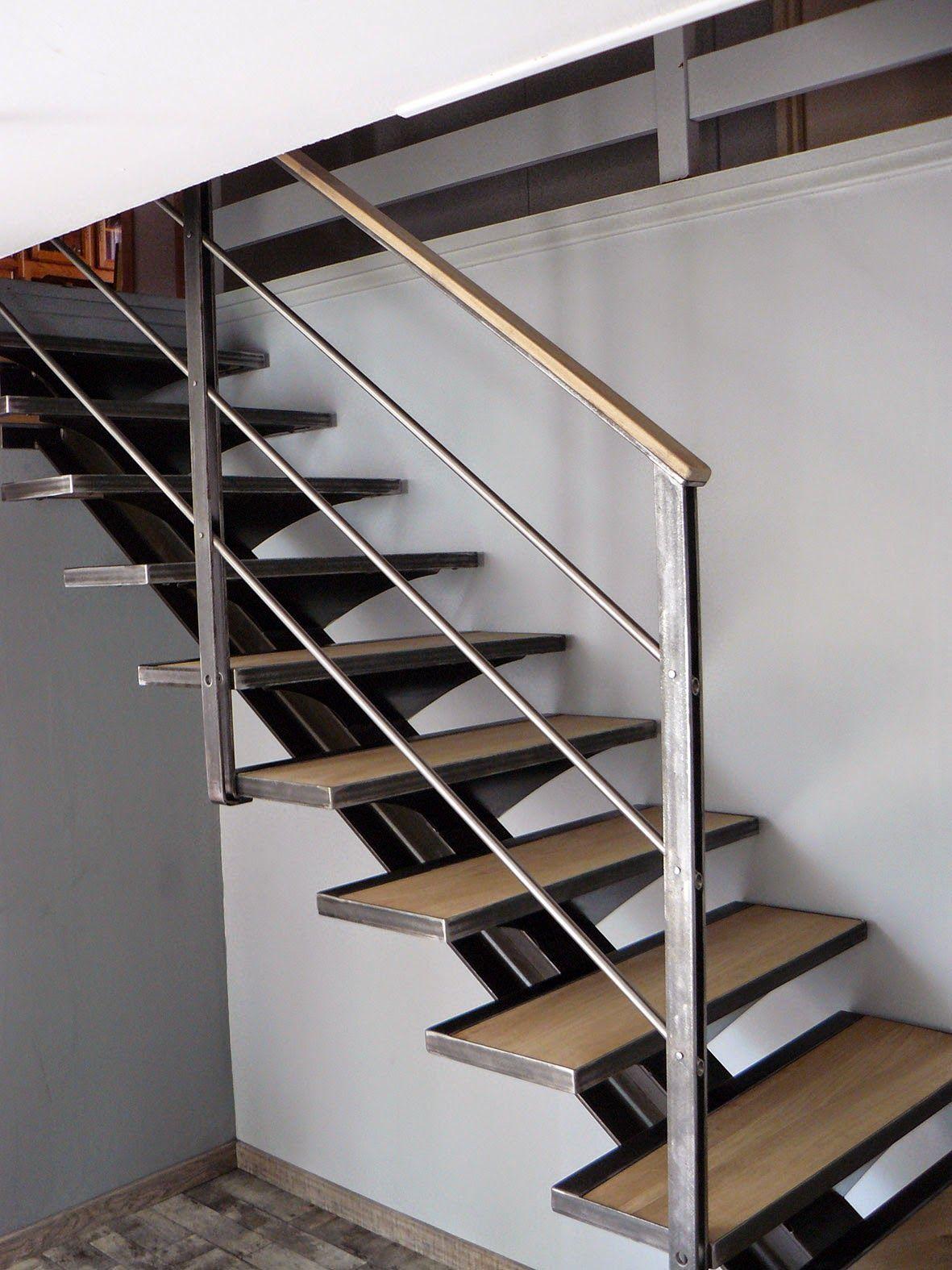 rever de monter des escaliers en colima on. Black Bedroom Furniture Sets. Home Design Ideas