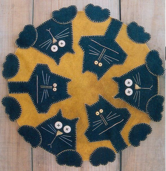 Primitive Wool Penny Rug E Pattern Penny Paws Black Cats