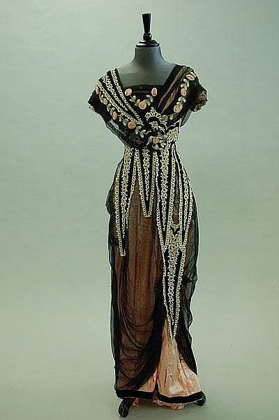 Evening dress, 1912.