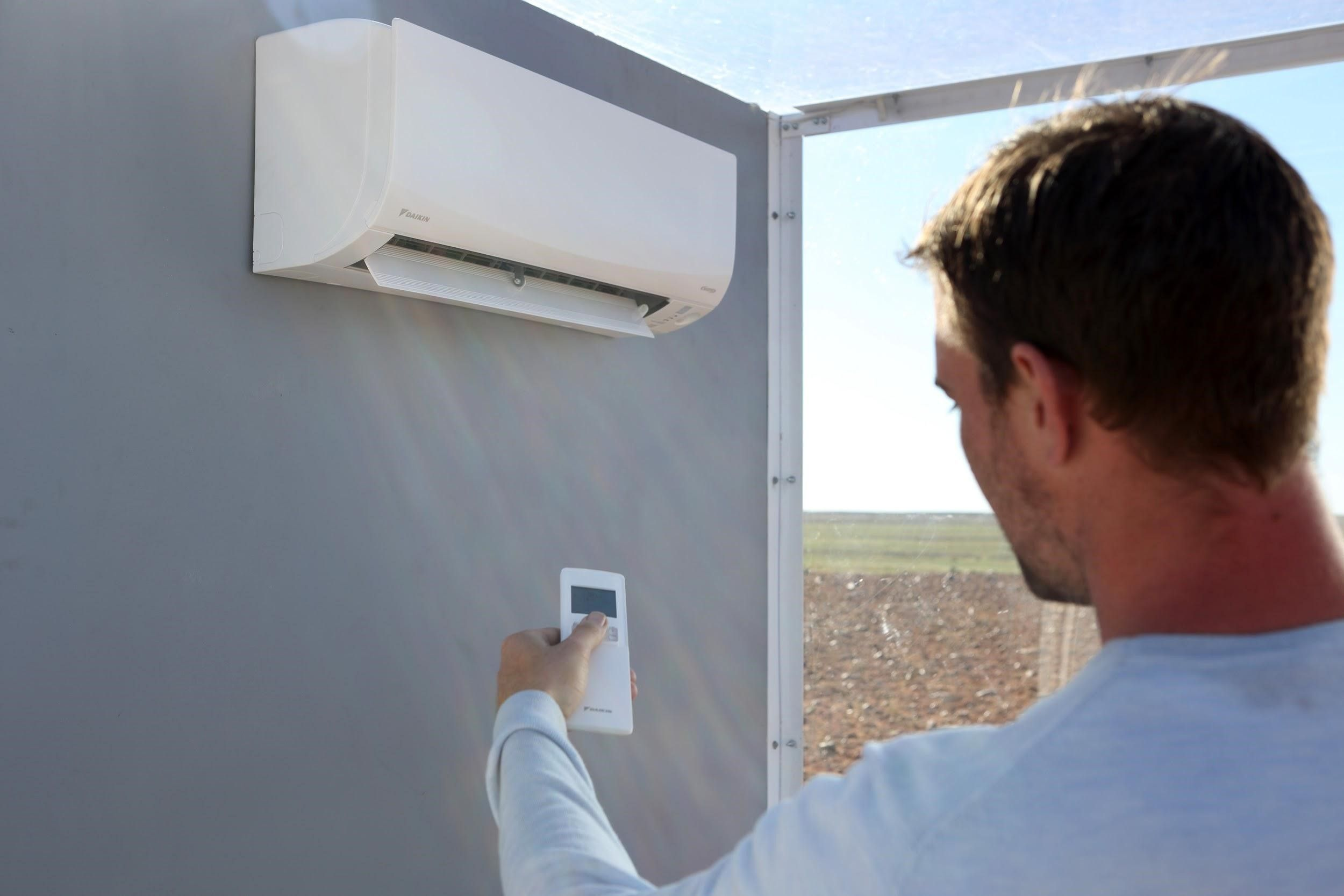 With Daikin's R32 refrigerant that efficiently conveys