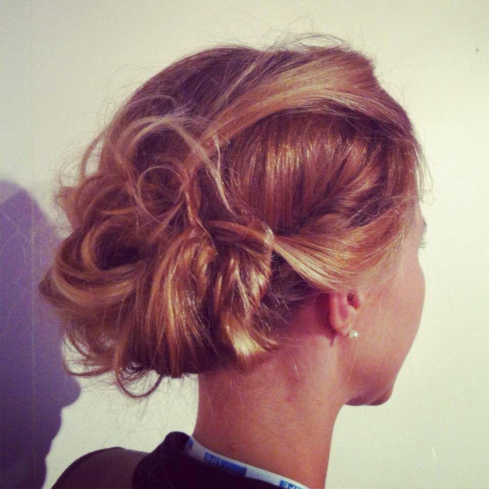 Chignon mariage | Hair styles, Coiffure, Hair