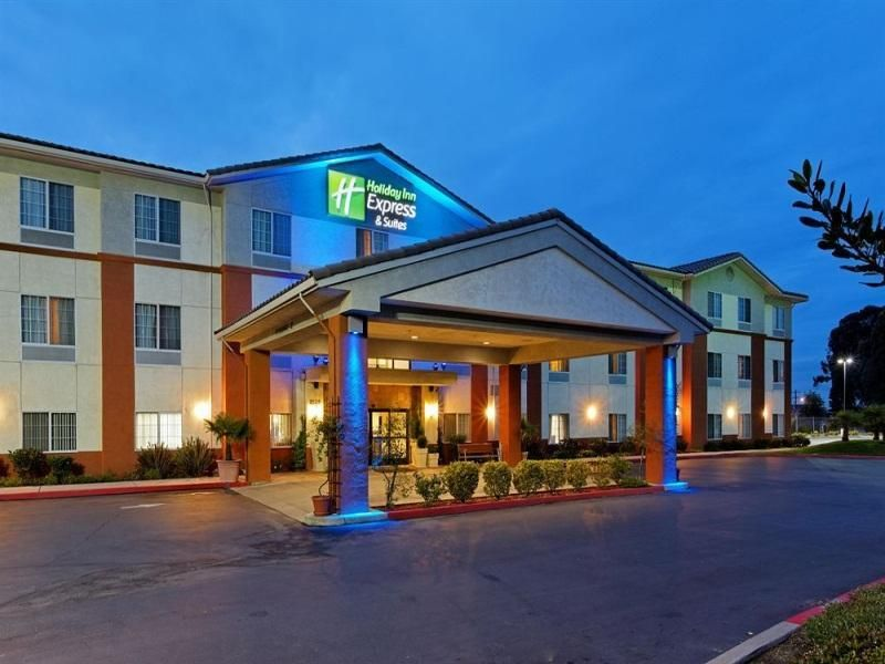 San Pablo (CA) Holiday Inn Express San Pablo - Richmond Area United States, North America Holiday Inn Express San Pablo - Richmond Area is conveniently located in the popular San Pablo area. The hotel offers a wide range of amenities and perks to ensure you have a great time. To be found at the hotel are free Wi-Fi in all rooms, casino, 24-hour front desk, facilities for disabled guests, meeting facilities. Each guestroom is elegantly furnished and equipped with handy amenitie...