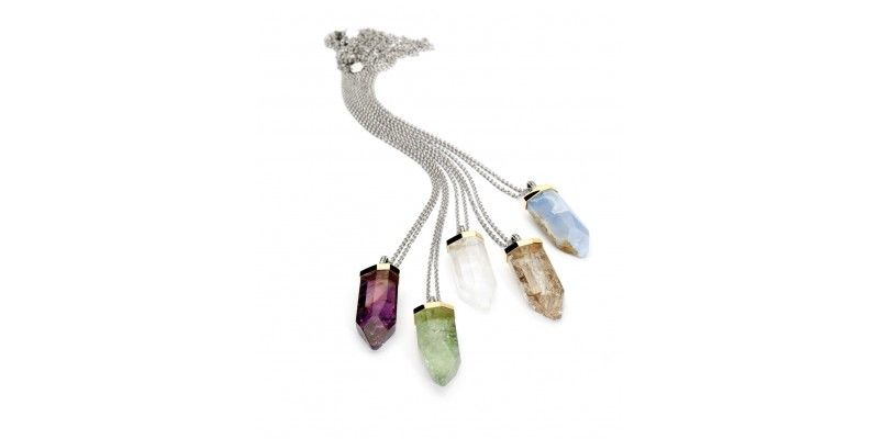 Created in 2010 these amazing minerals nekclaces still a trendy jewel for your daily outfit!