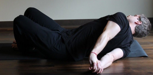 Floor Assisted Chest Opening Stretch Lie Flat Down On Your Belly Extend Your Right Arm Outward To The Side At In 2020 Shoulder Stretches Chest Opening Tight Shoulders