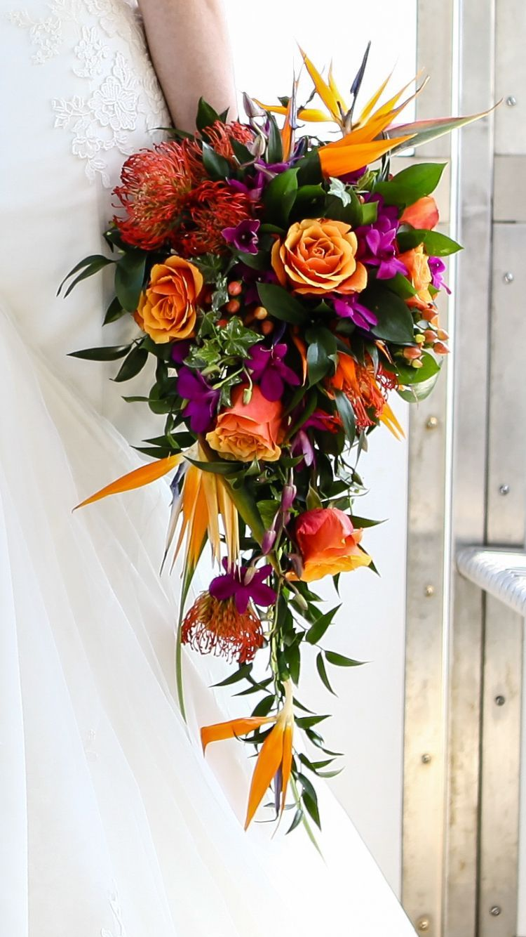 Up Close Teardrop Bride Wedding Floristry Flowers Rose