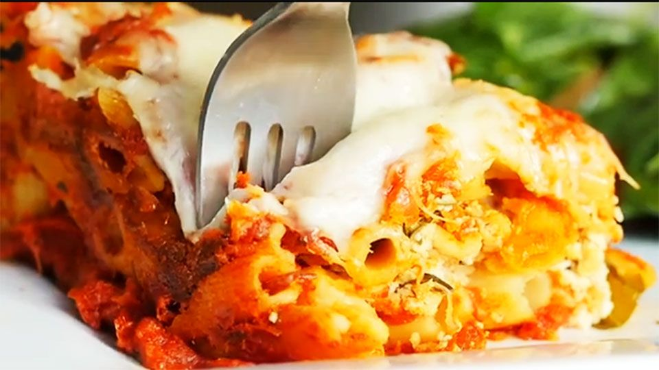 The Best Baked Ziti Ever Is Actually Made In A Slow Cooker