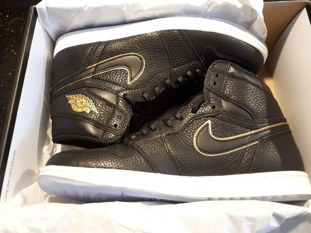new concept 2acbe f5ff5 Nike Air Jordan 1 Retro High OG LA Men s 555088-031 Black Gold Shoes size