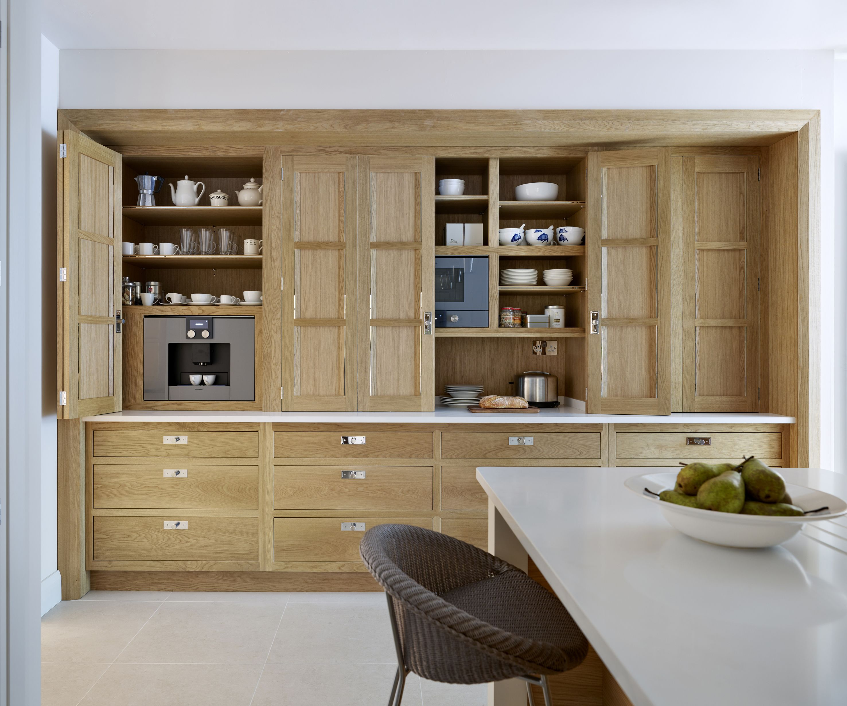 Fill The Gap In The Small Modern Kitchen Designs: Martin Moore Kitchens - Google Search