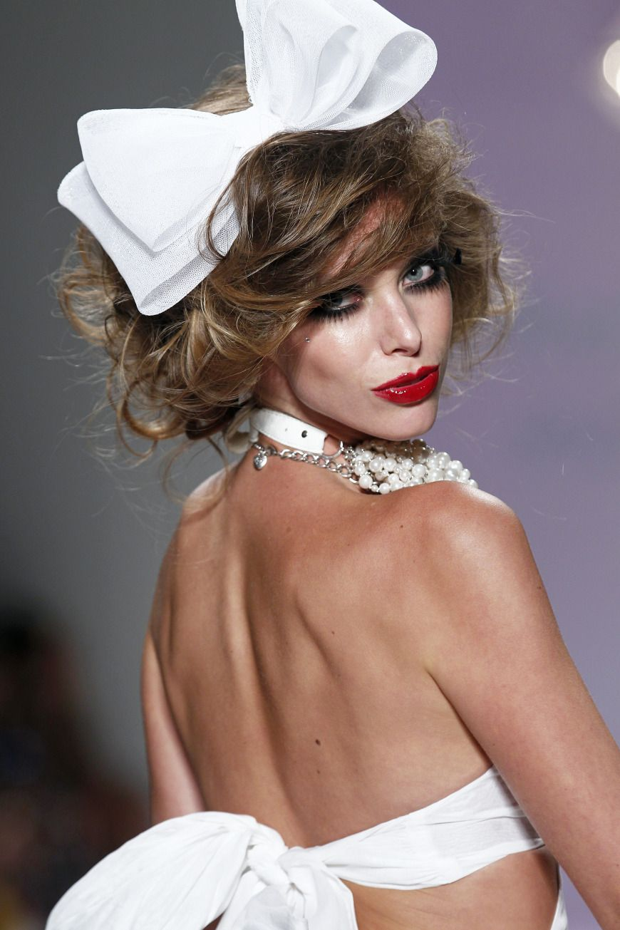 Betsey johnson spring 2015 bridal collection betsey