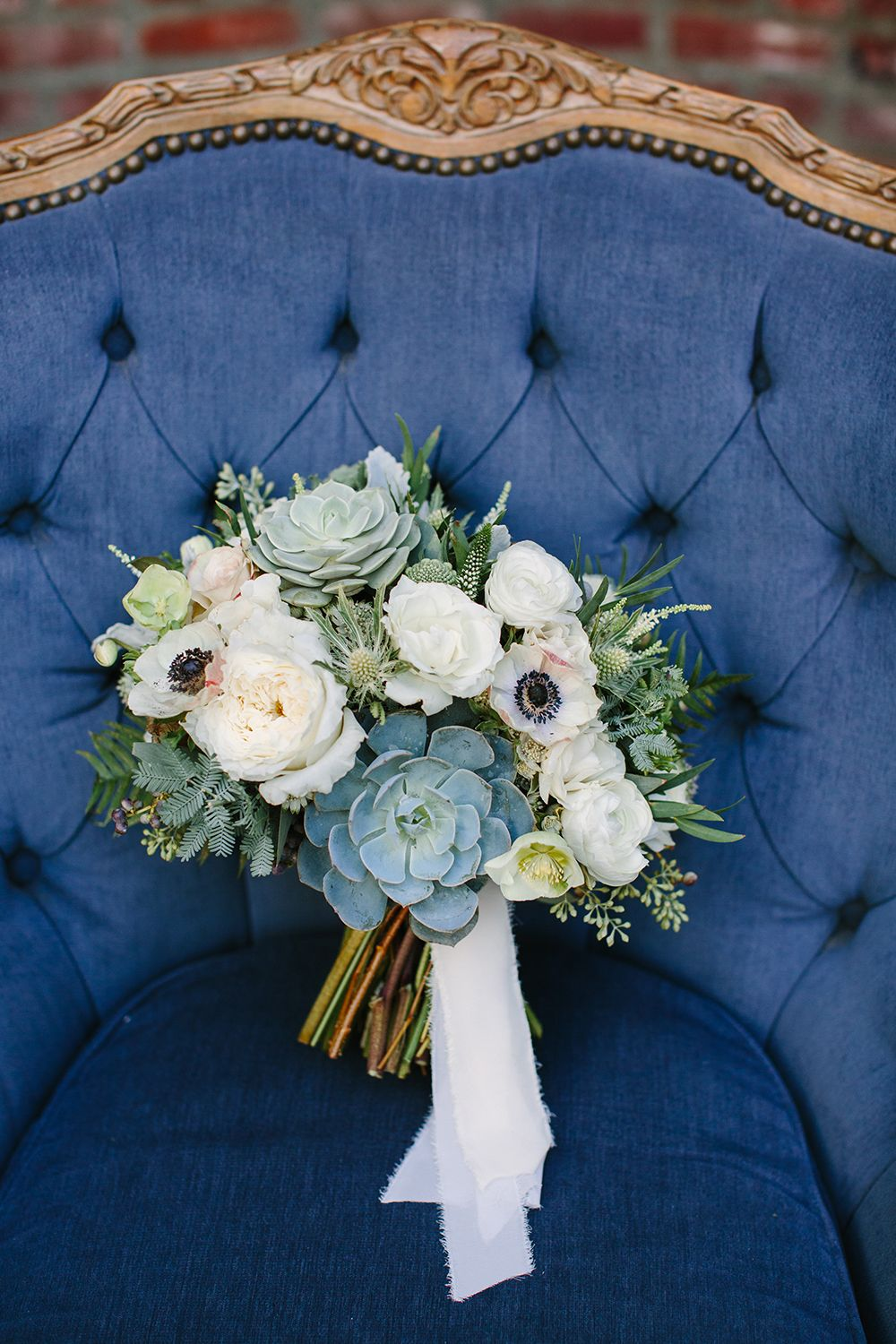 Modern Navy and Gold Wedding in Downtown LA Gold wedding
