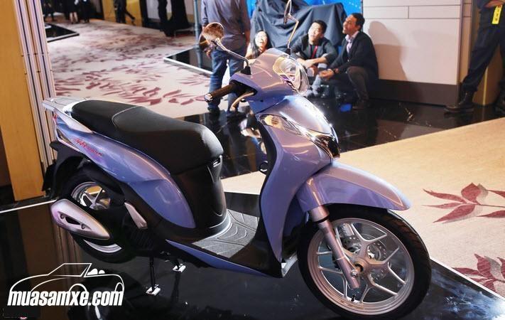 Đánh giá xe Honda SH Mode 2021 - Giá xe SH Mode 2021 mới nhất hôm nay. Các đại lý chào bán dòng xe này với giá khoảng 63,5 triệu đồng cho phiên bản cá tính, trong khi phiên bản thời trang có giá rẻ hơn khoảng 5 triệu đồng, ở mức 58,5 triệu. Giá bán lẻ đề xuất Honda Việt Nam đưa ra cho 2 phiên bản thời trang, cá tính lần lượt 51,5 triệu và 52,5 triệu đồng. Xem thêm tại https://muasamxe.com/