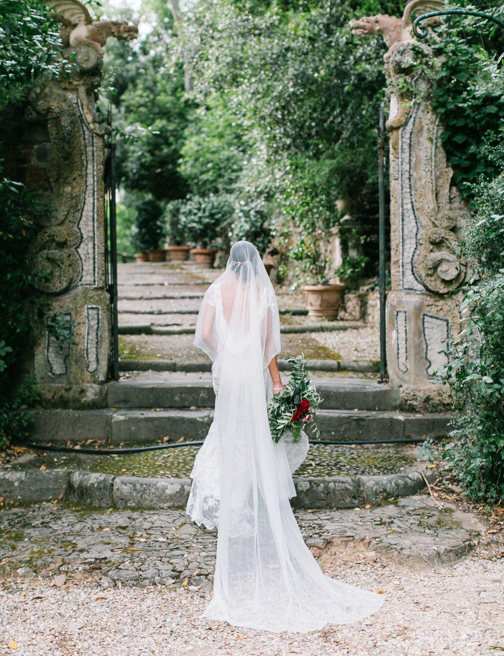 Photography: Anthem Photography - www.anthemphotography.com  Read More: http://www.stylemepretty.com/destination-weddings/2014/12/23/elegantly-festive-tuscan-wedding-inspiration/
