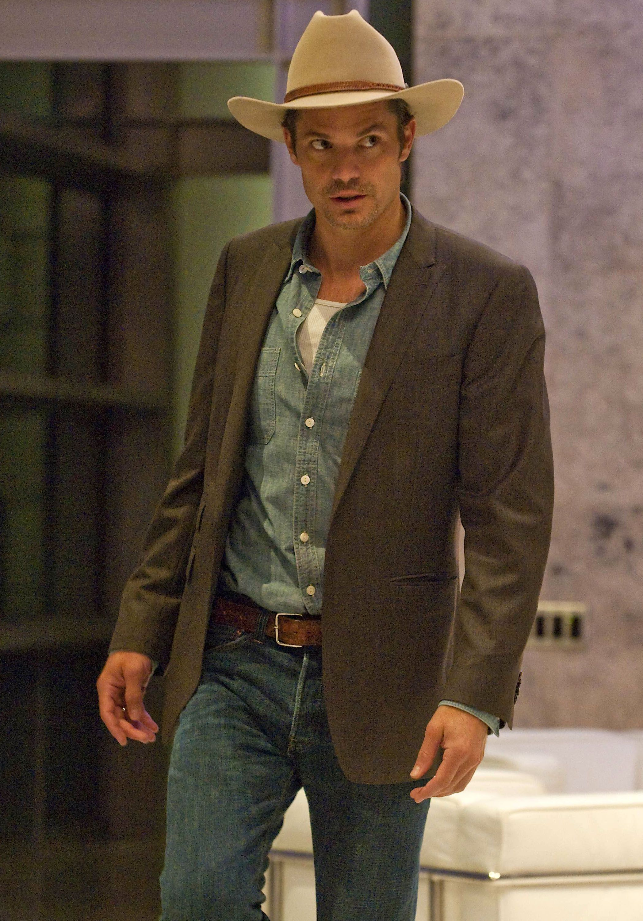 Timothy Olyphant. Man makes a pair of jeans look good ...