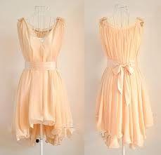 This dress is soo flowey.. <3
