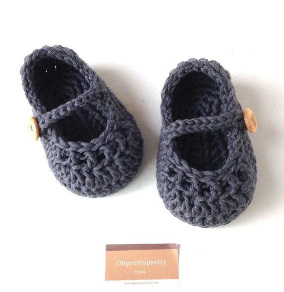 Baby booties mary jane, crochet shoes in dark gray, cotton babygirl slippers size 0/3 months- ready  to ship with gift box