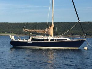 35 FOOT SAILBOAT IN PRICED TO SELL - C