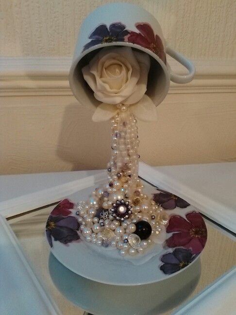 My 2nd Attempt At Floating Tea Cup Arte Simples