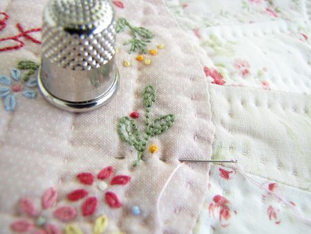 A Word About Hand Quilting, If You Please ... - Pretty by Hand ... : quilting hands - Adamdwight.com