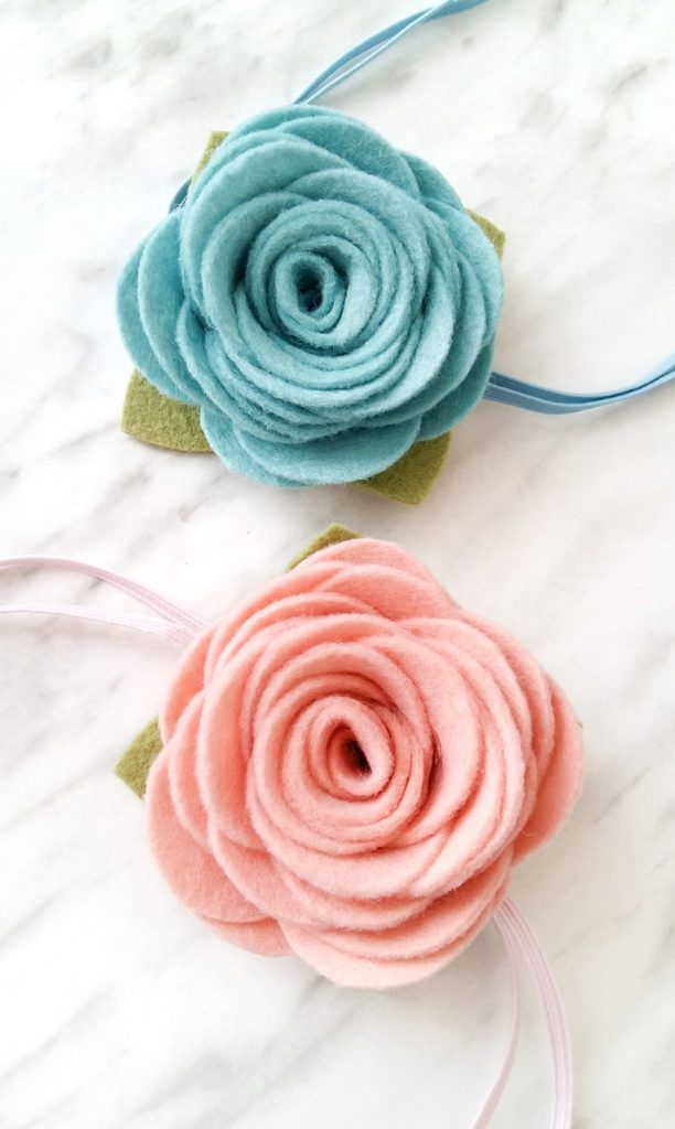 How to Make Felt Flowers - with free printable pattern #feltflowertemplate
