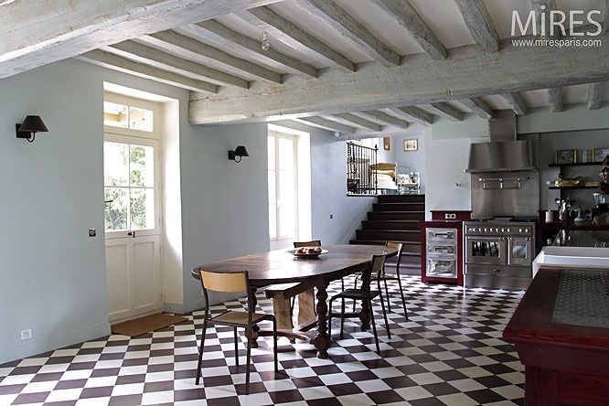 damier inspiration plus d 39 id es damier sol en damier et inox. Black Bedroom Furniture Sets. Home Design Ideas