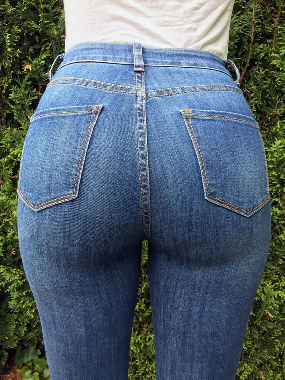 Pin by Tim Uhler on Jeans ass | Pinterest | Woman