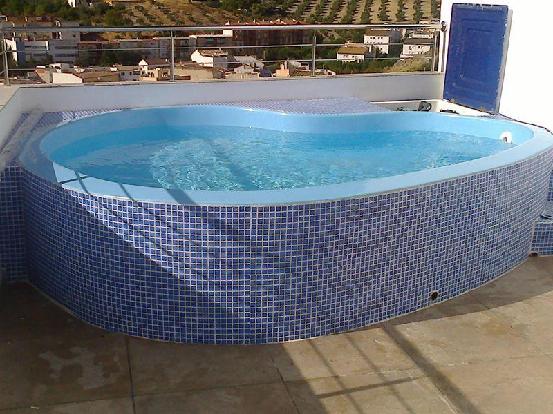 Astropool empresa experta en la construcci n instalaci n for Construccion de piscinas en malaga