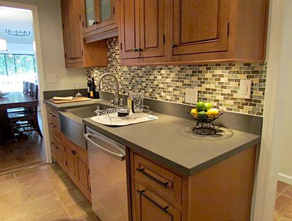 Kitchen Design Ideas, Remodel Projects & Photos   Maple ... on Natural Maple Kitchen Backsplash Ideas With Maple Cabinets  id=92645