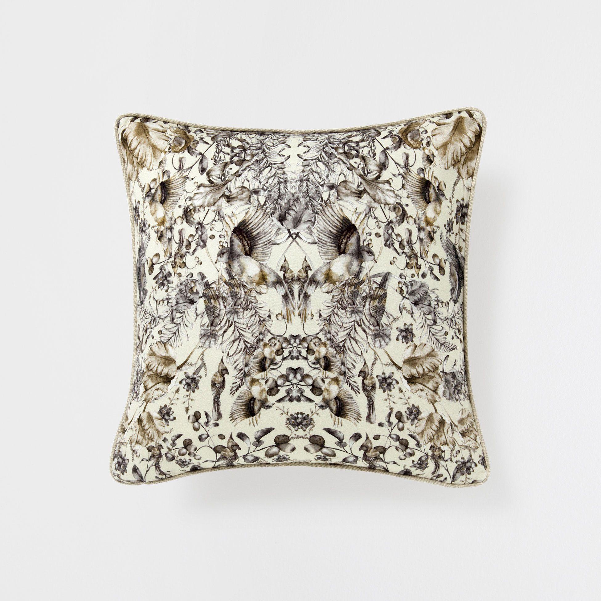 COJÍN LINO PRINT FAUNA - Decoración - Nordic Collection | Zara Home ...