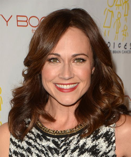 Nikki DeLoach Medium Wavy Hairstyle. Try on this hairstyle and view styling steps! http://www.thehairstyler.com/hairstyles/formal/medium/wavy/Nikki-DeLoach-fancy-wavy-hairstyle