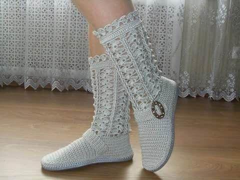 c45f7758a9386a bota feminina em crochê com solado antiderrapante   TRICOTANDO E ...