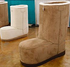 Hilarious Ugg Boot Chair : boot chair - Cheerinfomania.Com