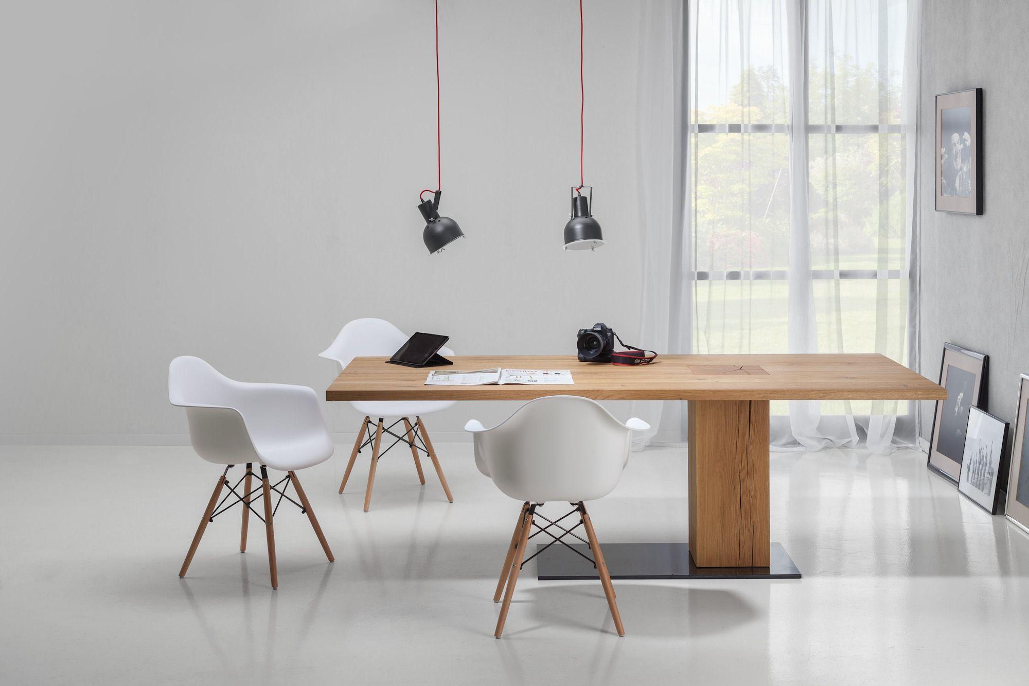 Esstisch   Holz   Baumstammsäule asymmetrisch - bei Möbel Morschett ...