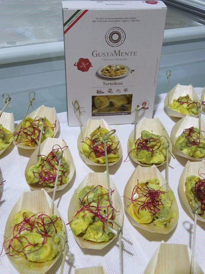 Particolare del buffet con i Tortelloni GustaMente realizzato a IntolleranzeZero a Taviano a Lecce.