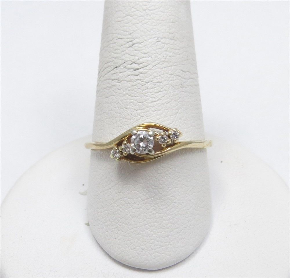 14K Yellow Gold 15CTW Diamond Round 5 Stone Diagonal Ring Set