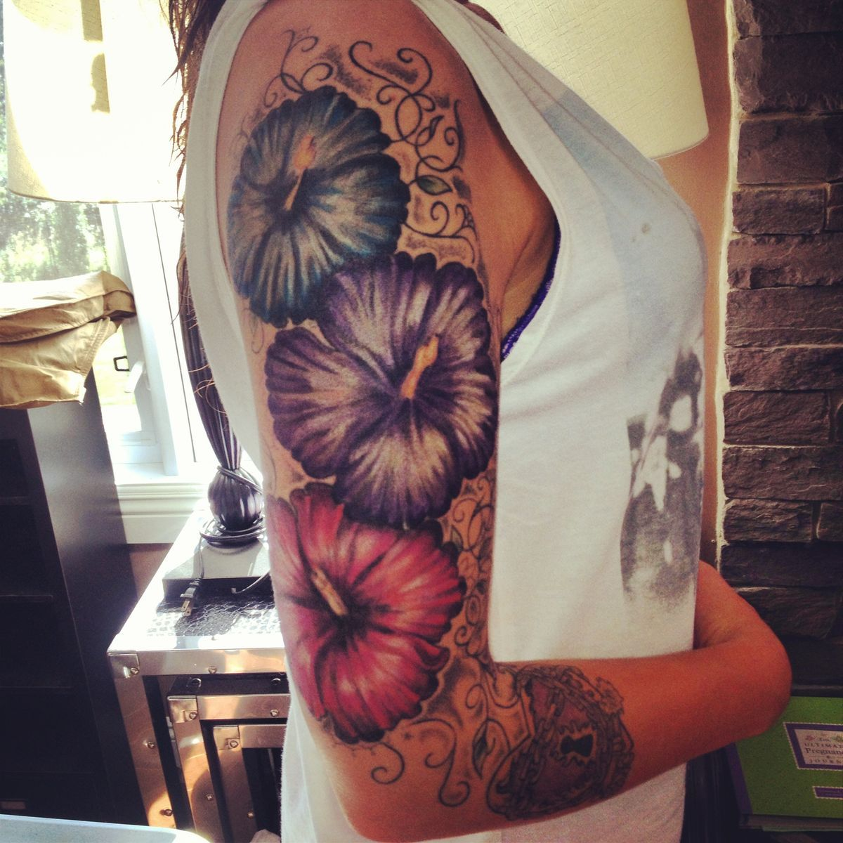 Pin By Melody Renee On Tatts Tattoos Flower Tattoos Hawaiian